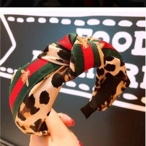 """Leopard """"bee"""" ribbon headband"""